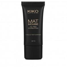 Mat Mousse Foundation 02 KIKO